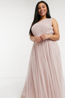 Anaya With Love Plus – Bridesmaid – Maxikleid aus Tüll mit One-Shoulder-Träger in Rosa
