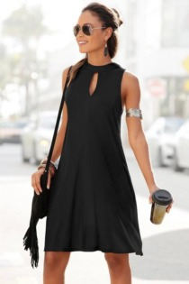 LASCANA Jerseykleid, in weit schwingender Form