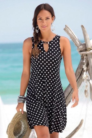 LASCANA Strandkleid, mit Ringdetail am Ausschnitt