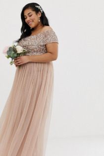 Maya Plus – Bridesmaid – Schulterfreies Maxikleid aus Tüll mit Pailletten in Taupe-Hellrot-Braun