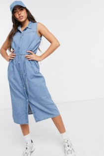 Monki – Ärmelloses Hemdkleid aus Denim-Blau