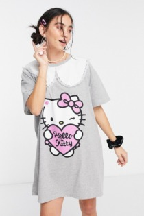New Girl Order x Hello Kitty – Oversize-T-Shirt-Kleid mit Kontrastkragen im Vintage-Look-Grau