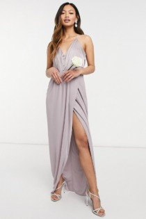 TFNC – Bridesmaid – Neckholder-Maxikleid aus Satin in Grau